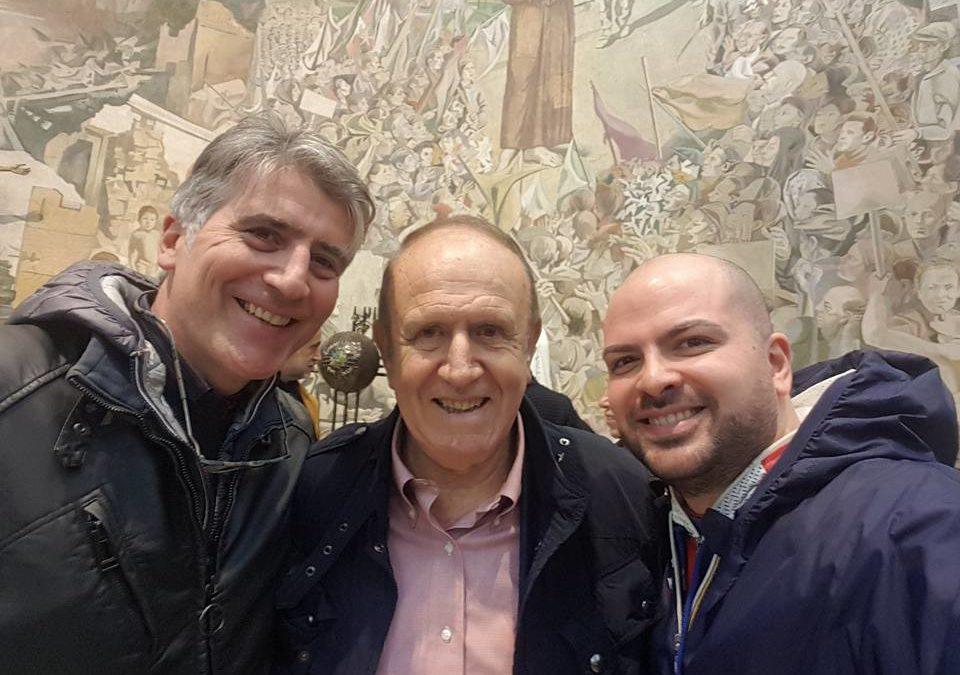 """Con il prof. Pino Arlacchi, ad Avellino, per """"Il Murale della Pace"""" di Ettore de Conciliis – FOTO"""