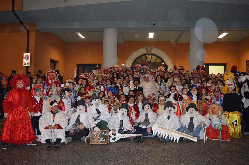 Carnevale serinese 2018, un successo nonostante le cattive condizioni atmosferiche – FOTO, VIDEO CAMPANIA TUBE CHANNEL & RASSEGNA STAMPA