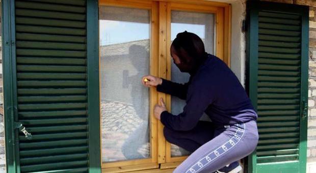 Continuano i furti a Serino nonostante le forti piogge. Videosorveglianza ancora non funzionante – APPROFONDIMENTO & VIDEO telenostra/primativvù