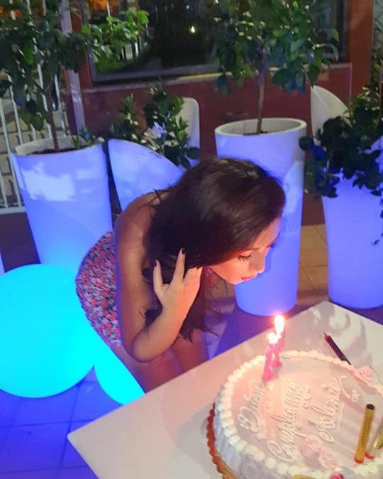 Buon compleanno Alessia, ti auguro di realizzare tutti i tuoi sogni 🌻❤🌟 FOTO